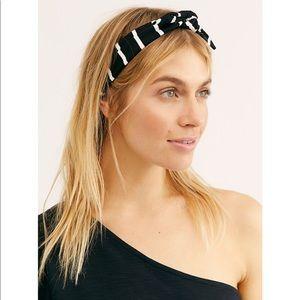 🌸NWOT Free people Studio knot soft headband